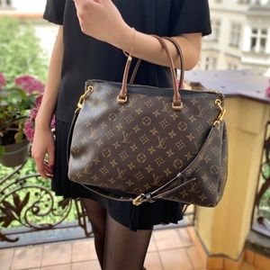 Louis Vuitton Pallas Noir Monogram Canvas Tote Bag